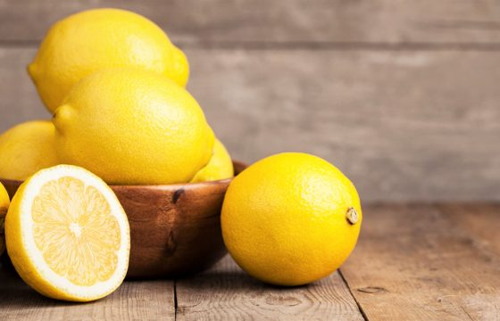 Five benefits of taking lemon water on an empty stomach